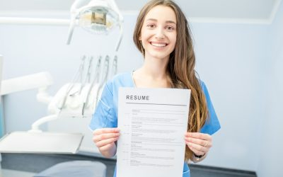 dental assistant interview 1 400x250 - Offices Now Hiring